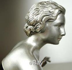 1920/1930 Uriano Statue Sculpture Epoque Art Deco Femme Elegante Oiseau Paradis