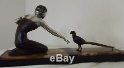 Ancien statue sculpture art nouveau déco marbre dame paon élégante moderniste XX