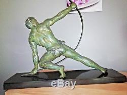 Art Deco Sculpture en régule patiné bronze signé J. De Roncourt circa 1930's