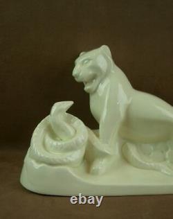 Belle Sculpture Craquele Art Deco Lionne Et Serpent Signée Charles Catteau Bfk