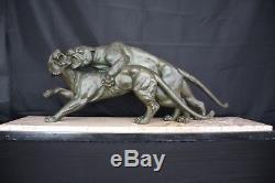 Chamaillerie Feline Sculpture Par Salvatore Melani Bronze Patine Vert A728