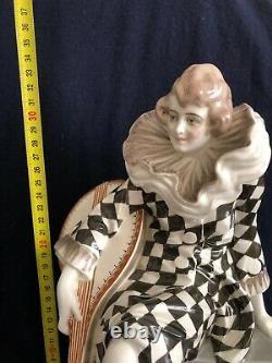GOLDSCHEIDER 5030 WILHELM THOMASCH PIERRETTE mit LAUTE austrian art deco ceramic