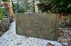 Important fronton de porte Art Déco Leda et le cygne signé Sculpture bas relief