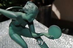Le Verrier Foundry Art deco Sculpture, signed Derenne