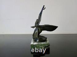 Max Le Verrier Sculpture Pelican Art Deco, veilleuse porte montre