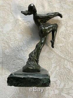 Max le Verrier, bouchon de radiateur Mascotte, signé Art déco sculpture 1930