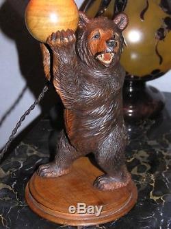 Ours en bois sculpté RUEF style forêt noire 30 cm
