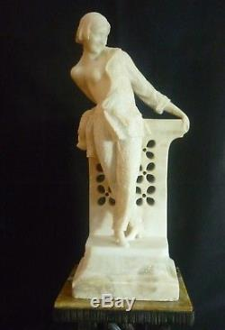 R. BULONI Jeune fille à la balustrade Sculpture ART DECO