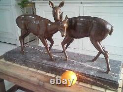 SCULPTURE ANIMALIÈRE ART DECO DEUX BICHES EN RÉGULE PATINÉ BRONZE sujette Noël