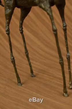 Salvador Dali Éléphant avec Longueur Jambes Bronze Sculpture Art Déco Statue
