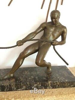 Salvator Riolo grande sculpture Art déco en régule signé, nu 1930