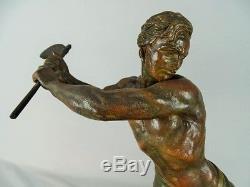 Sculpture Art Déco Signée J. Hervor homme au travail Spelter circa 1930