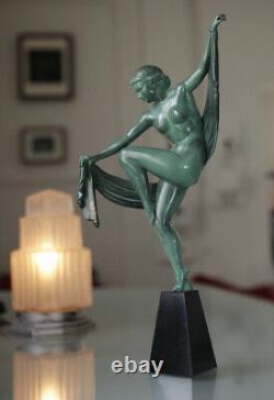 Sculpture Art Deco signée EDEL