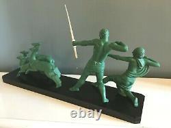 Sculpture art déco régule a patine verte dans le goût Uriano, Riolo