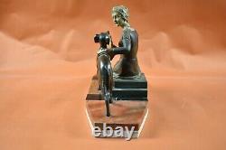 Sculpture bronze 1925 Art déco Femme assise et Lévrier