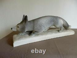 Sculpture céramique animal renard à l'affût SEVRES VINSARE ART DECO