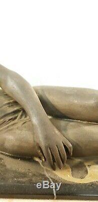 Sculpture femme et chien lévrier art deco 1930 statue vintage sur marbre signé