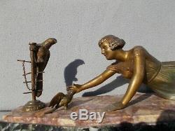 Sculpture femme & perroquet art deco vintage spelter statue figural woman parrot