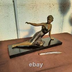 Sculpture statue Élégante danseuse en régule patiné sur marbre Art Déco 1930