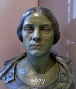 Sculpture statue Femme Déesse de la guerre Minerve sculpteur Alfred FINOT NANCY