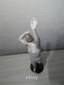 Statuette art deco DRESSEL & KISTER femme nue en porcelaine sculpture half doll