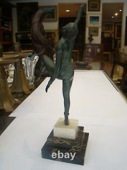 Sujet féminin Art Déco en régule #75#