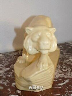 Superbe rare ancienne sculpture de Lion en céramique craquelé Art Deco 1943