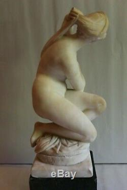 Superbe sculpture en albâtre signée Ettore ZOCCHI Florence H 44 cm