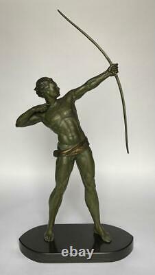 Tireur A L Arc Art Deco Sculpture Regule Patine Verte Et Dore Marbre Noir H3088